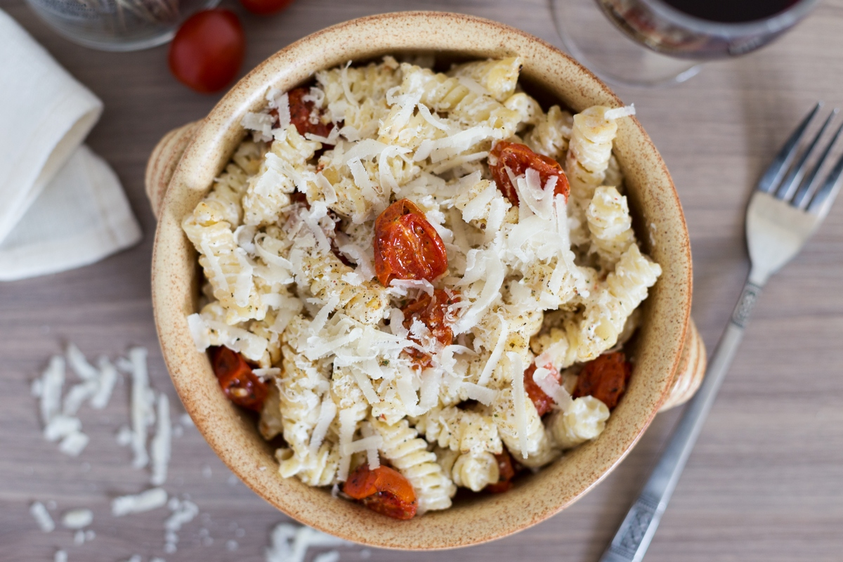 creamy pasta with cherry tomatoes
