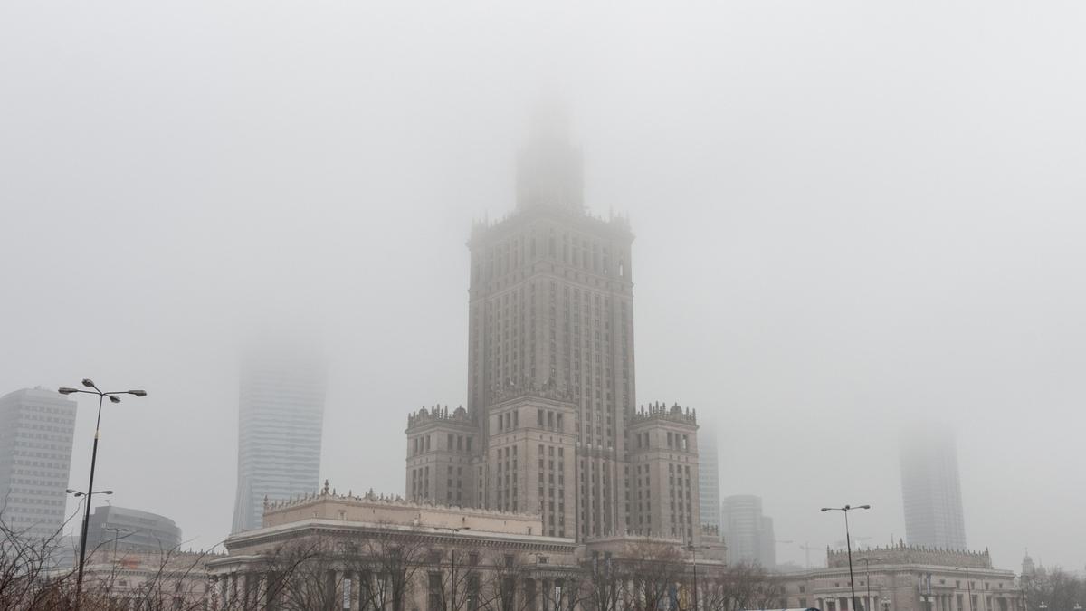 warsaw-poland-fog-3